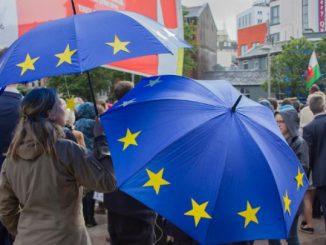 Europa kann sich retten, wenn es sich radikal verändert - Austerität tötet!