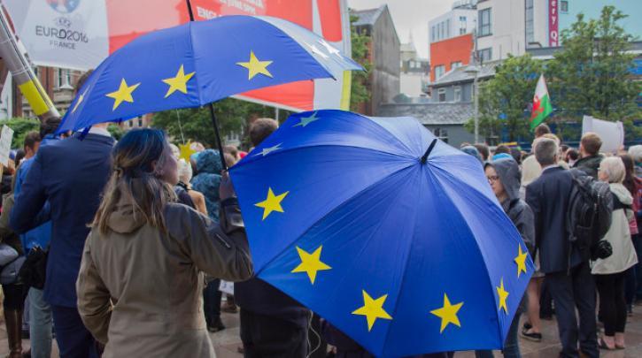 Europa kann sich retten, wenn es sich radikal verändert – Austerität tötet!