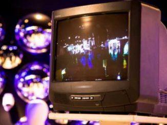 Ο κομβικος ρόλος της ιδιωτικής τηλεόρασης στην διαπαιδαγώγηση γενεώνΟ κομβικος ρόλος της ιδιωτικής τηλεόρασης στην διαπαιδαγώγηση γενεών